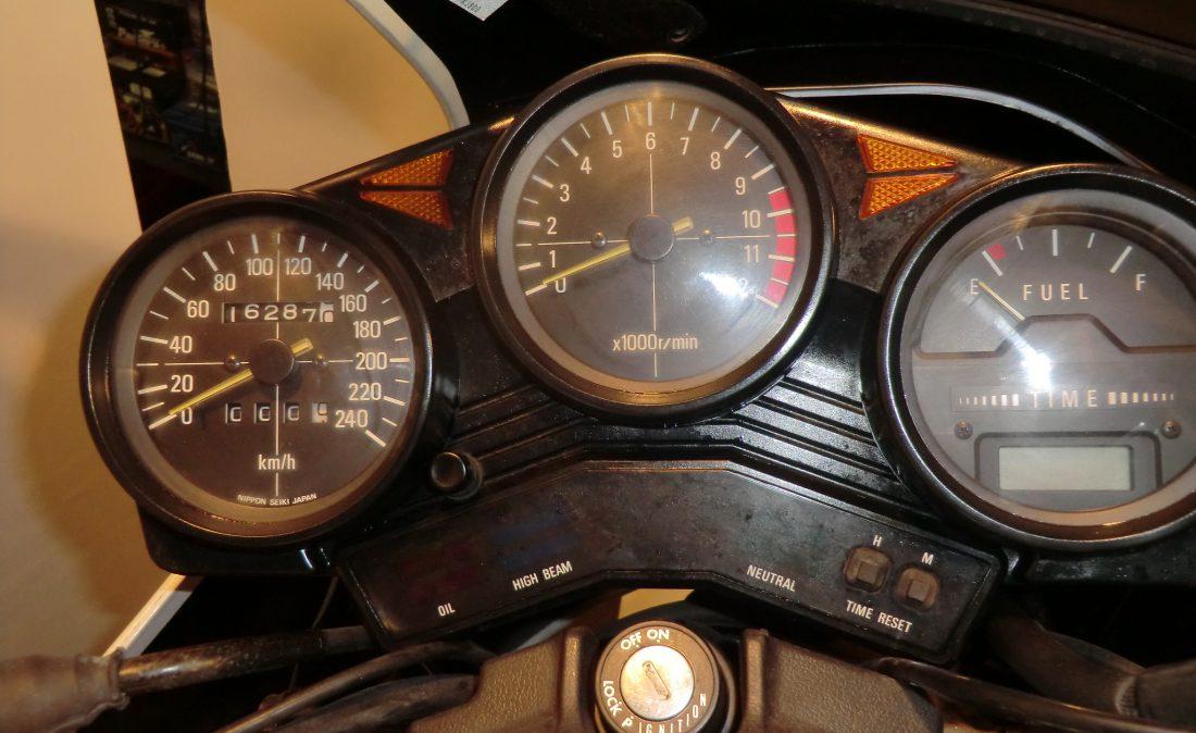 MV 350 XJ900 012