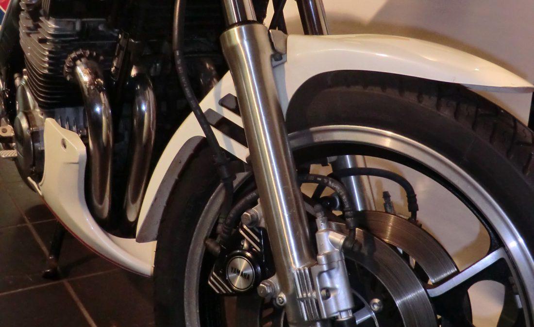 MV 350 XJ900 015